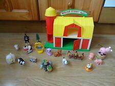 Bundle 18 x Farm Animal Figures + Toy Barn - for pre-school / young children