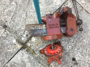 Record Vice large,  no 75 good condition. Swivel base , metal/garage worker etc