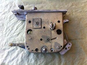 65 - 80 ROLLS ROYCE SILVER SHADOW RIGHT DOOR LOCK LATCH RH2566 FT OR RR