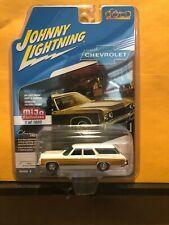 1/64 JOHNNY LIGHTNING 1973 CHEVROLET CAPRICE ESTATE WAGON WHITE MIJO EXCLUSIVES