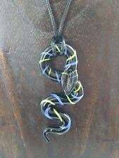 Halskette mit Anhänger aus Glas *SCHLANGE * Schwarz-Blau-Grün