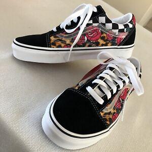 Vans Rose/Animal Check Old Skool Size Women's 7