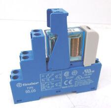 Finder Relais Steckrelais Typ 40.52 mit Sockel 95.05