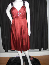 SIMPLY VERA WANG DRESS GOWN SIZE 10 RED FORMAL WEDDING  PROM CRYSTALS NEW