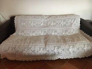 Dessus de lit ancien au crochet Blanc