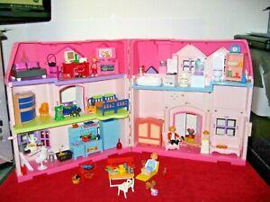 Großes klappbares Playmobil Pinkhaus mit sehr vielem Zubehör