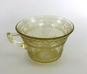 vintage Federal Glass Co. pressed glass coffee cup PATRICIAN c.1933 Golden Glo