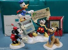 WDCC Disney Merry Messengers - Mickey, Donald, Minnie & Pluto NLE + Easel & Card