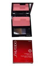 Productos de maquillaje Shiseido para el rostro