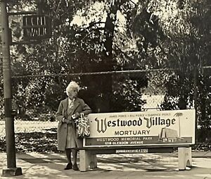 Vintage Photograph MCM Street Scene Old Lady Westwood Mortuary Los Angeles 1960s
