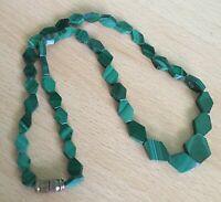 VINTAGE DECO gorgeous malachite necklace barrel clasp graduated geometric, gift