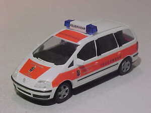 VW Volkswagen Sharan 2002 Fire Brigade Stadt Norden AWM  1/87 Plastic Mint Box