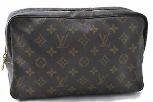 Auth Louis Vuitton Monogram Trousse Toilette 28 Clutch Hand Bag M47522 LV B8898