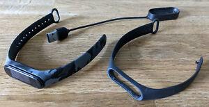 Xiaomi Mi Band 4 mit Ladekabel und 2 Armbändern
