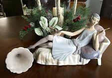 "Lladro ""Lady Lying on Divan"" (5176 Christmas) Gorgeous Please See Description"