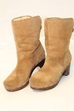 UGG Australia Uggs 3204 Lynnea Womens 8 39 Brown Suede Sheepskin Boots bt