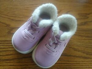 Nike size 4C  pink fleece lined infant/toddler stretch lace athletic shoes NEW