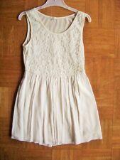 @ ovs @ Estupendo vestido sin mangas crema encaje para Fija Talla 134/140 Edad