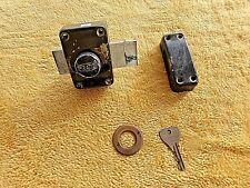 Serrure de porte d'entrée/verrou PRATIC avec clé-2 points et butée