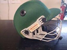 Graddige Ultimate Cricket Helmet Youth Size Medium Green - Face Guard Chin Strap