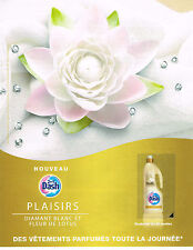 PUBLICITE ADVERTISING 094  2009  DASH 2 en 1  lessive & assouplissant LOTUS