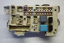 89221-44040 Original Toyota Avensis Verso D-4D Sicherungsplatte Sicherungskasten