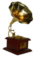 RGramophone Shape Antique Vintage Finish Handcrafted Brass Table Decor Showpiece