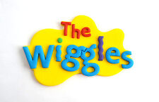 WIGGLES CAKE TOPPER !!!!  Approximately 9.5 CM..  WOW!!