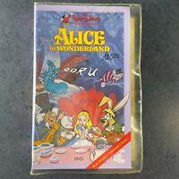 Walt DISNEY Alice in Wonderland VHS RARE clamshell video
