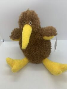 Tiny Travellers New Zealand Kiwi Bird Plush - Derek Of New Zealand