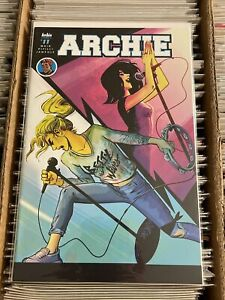 ARCHIE #11 VERONICA FISH BETTY & VERONICA ROCKSTAR COVER 2016 riverdale waid