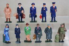 More details for motion master miniatures o gauge 1940's station staff & passengers oa