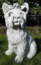 Figur Hund Yorkshire Terrier groß H 38 cm sitzend Tierfigur aus Beton
