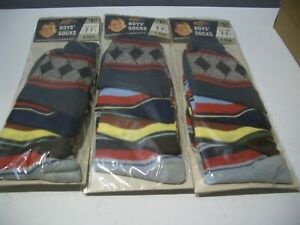 VINTAGE 1960's  FRUIT OF THE LOOM BOY'S SOCKS 12 PAIRS SIZE 7-7.5 SHOE SIZE NEW