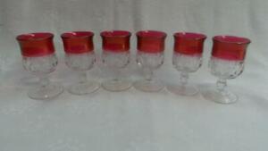 RETRO VINTAGE KINGS CROWN CRANBERRY THUMBPRINT LIQUEUR GLASSES X 6 TIFFIN GLASS