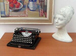 UNDERWOOD Typewriter, Vintage Typewriter, Black Typewriter, Workinng Typewrite