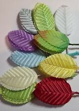 100pcs Silk Leaves on Stems. Assorted Colours. 11cm long including the Stem.