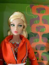 """Fashion Royalty """"Double Agent"""" Poppy P. & Tina Tinaka Doll"""