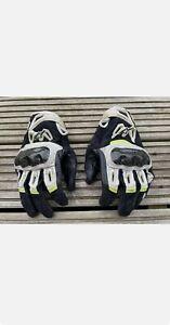 Large Alpinestars SMX-2 Air Carbon V2 Motorcycle Gloves