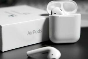 Air Pods 2nd generation With Wireless charging case - NEW + 6 Month Warranty