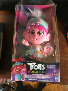 Troll doll world tour giggle and sing poppy