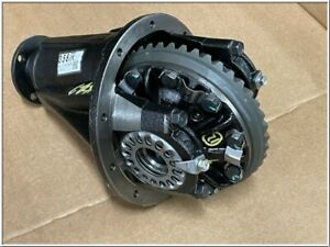 41110-60831 Original Toyota Land Cruiser Differential Front New