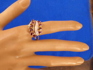 14K YELLOW GOLD LADIES RUBY DIAMONDS VINTAGE CLUSTER COCKTAIL RING SZ 9.25