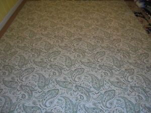 Nice Blue, Brown & Cream Paisley Pattern Quilt