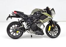 BENELLI TNT 1130 Century Racer 1:18 Modelo Motocicleta a escala de Bburago