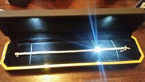 Vintage Solid 9ct Yellow Gold Diamond Tennis Bracelet 2.00 carat  14.1g