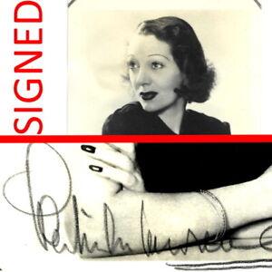 +1940s GENUINE VINTAGE SIGNED photograph Gertrude Lawrence Gertie Lawrence