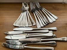 "Oneida Stainless Flatware Set. Service For 8 - Glossy Finish 24.pc's ""L@@K"""