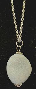 Grey Stone style Pendant Necklace – Costume jewellery 79/80s style
