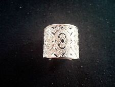 Ladies Sterling Silver Dress Ring.